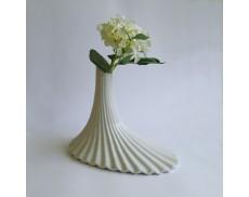 Ваза керамічна 34 см White Sakura